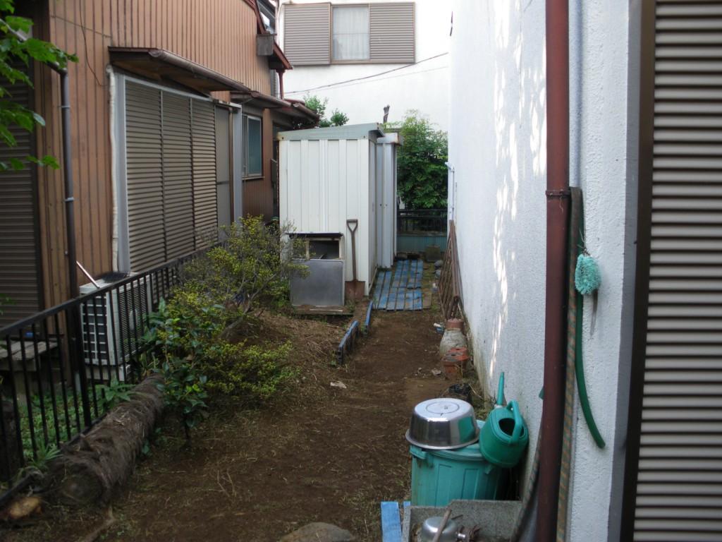 豊島区個人邸・除草作業後